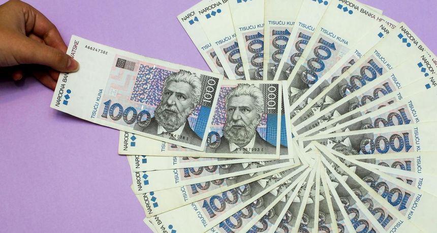 ŠTEDNJA Hrvati u bankama drže 228 mlrd. kuna, svaki deseti novac čuva kod kuće