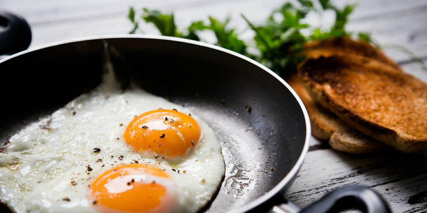 Jednu namirnicu nikada ne biste smjeli dodati u jaja kada dođete u srednje godine