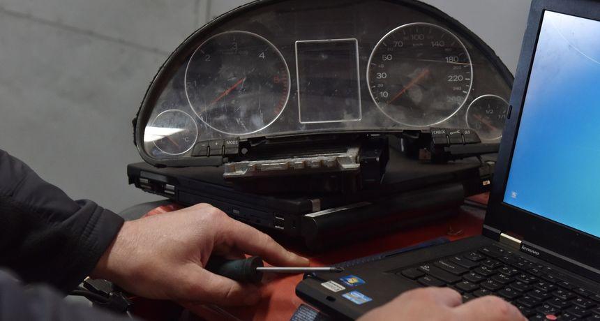 ŠTO POKAZUJE TEST TRI NOVIJA AUTOMOBILA? Namještanje kilometraže na njima nije nikakav problem