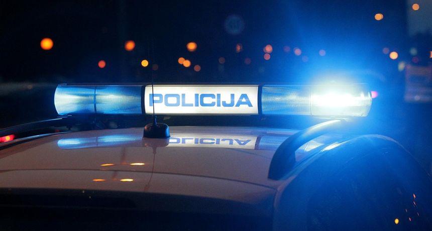 U automobilu u Kninu pronađeno mrtvo dijete