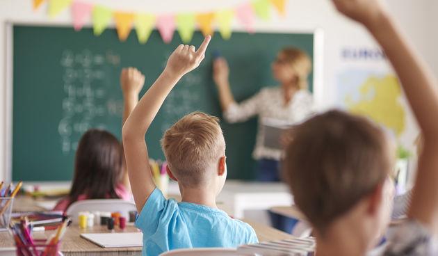 Škola, učionica, učenici