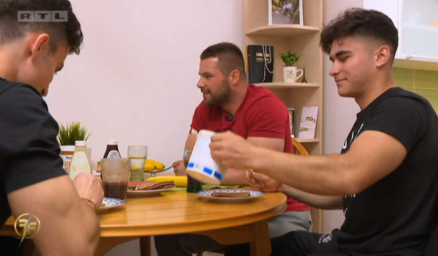 Norbert Švecima pripremio hranu šampiona (thumbnail)