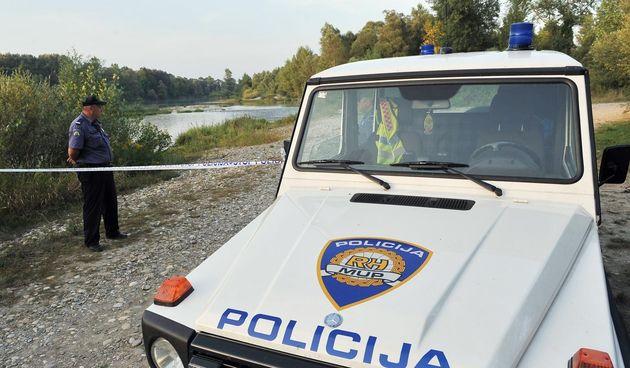 Policija, rijeka