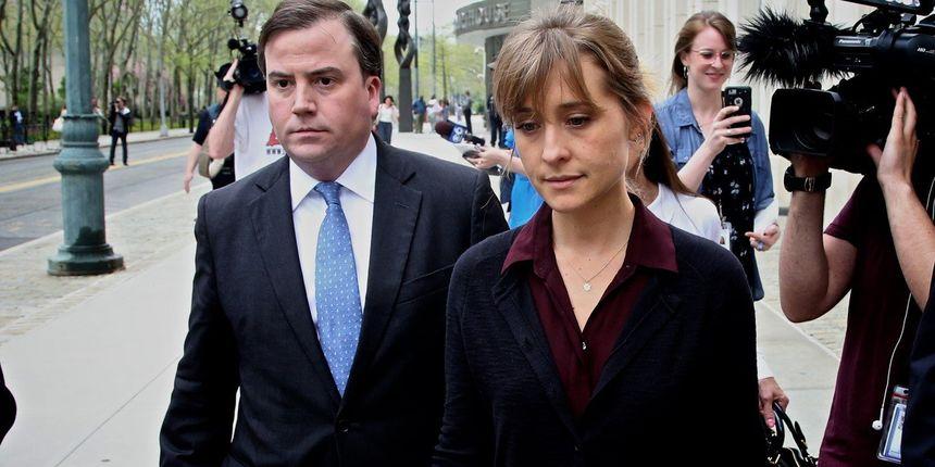 Glumica stigla u zatvor: Dobila samo tri godine zbog trgovine ljudima i seksualnog zlostavljanja unutar sekte
