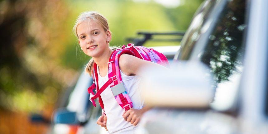 Djeca mlađa od 14 godina ne bi smjela sama prelaziti cestu - evo zašto