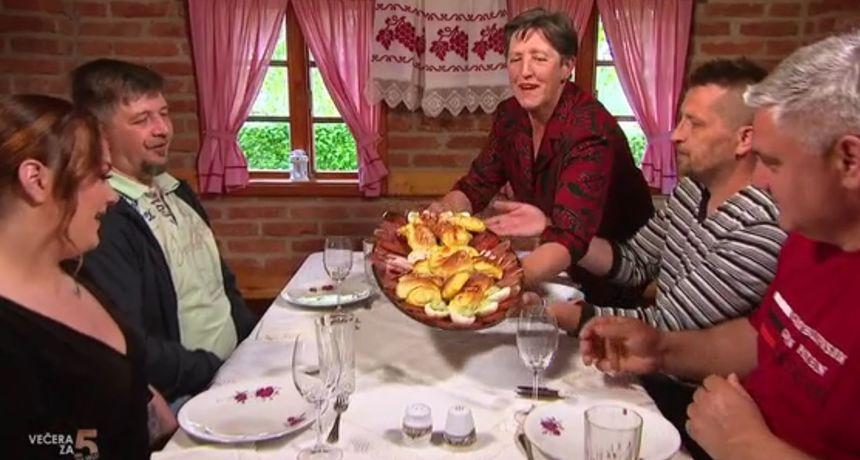 Anica poslužila večeru po domaći, a Mihael i Dean kritizirali: Nehigijenski i neprimjereno za ovu prigodu!