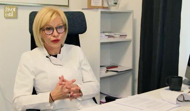 Dr. Vrčić: Kako šminkati kožu sklonu aknama? (thumbnail)