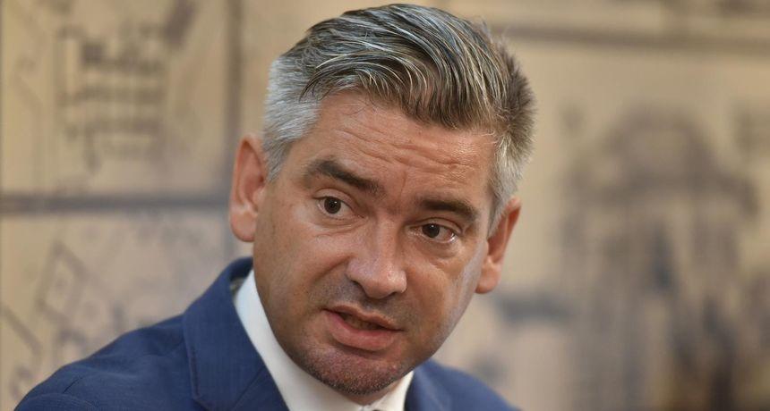 Gradonačelnik Pule odgovorio na Vučićeve kritike: 'Nazdravljam čašom Malvazije različitosti i slobodi mišljenja'