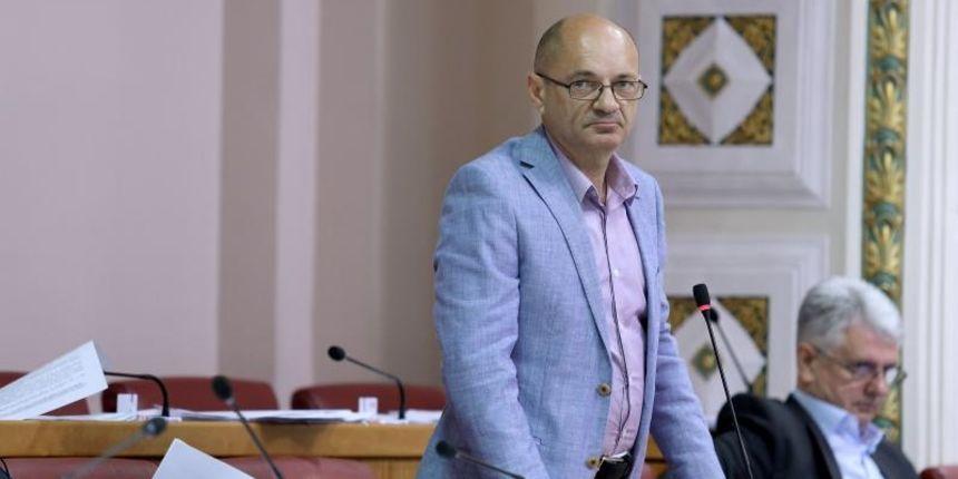 Aleksić: 'Ako Sud presudi u korist dužnika u švicarcima, banke će morati vratiti deset milijardi kuna'
