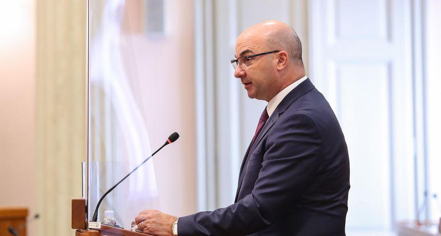Državni tajnik Ministarstva gospodarstva: 'Iskoristit ćemo sve mogućnosti da se zaustavi povećane cijena goriva'