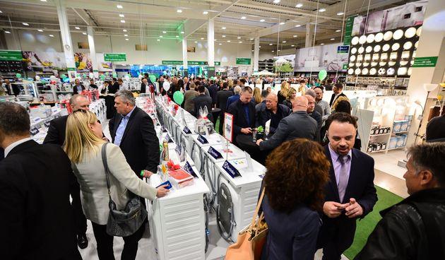 Svečano otvoren novi prodajni centar Pevec u Zadru