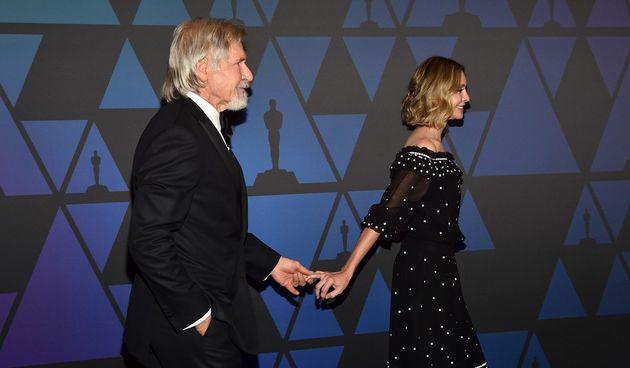 Harrison Ford je stariji od svoje supruge Caliste Flockahrt 22 godine. U sretnom su braku.