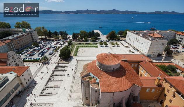 Đir po gradu 21. kolovoza 2017. Sv. Donat i Forum s kampanela sv. Stošije