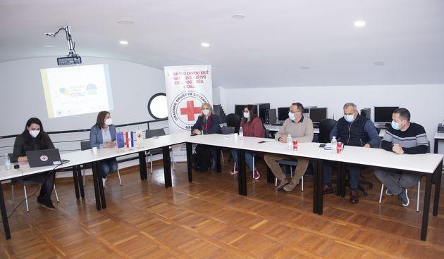 Novi socijalni program GD Crvenog križa Ozalj, ravnateljica Valčić: Napravili smo značajan iskorak i osigurali aktivnosti za sve dobne skupine