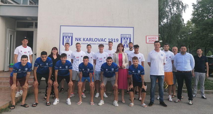 Nogometaši NK Karlovca 1919 cijepili se protiv korone, trener Ćuk: Ništa ne prepuštamo slučaju, idemo po dobre rezultate
