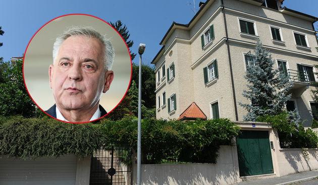 Ivo Sanader, Kozarčeva