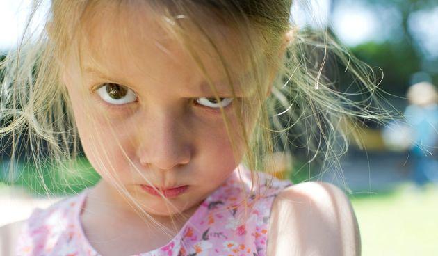 Razmažena djeca nisu dobra ni za sebe ni za druge. Na sreću, mogu se popraviti :)