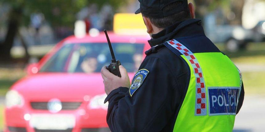 POLICAJAC udaljen iz službe zbog primanja mita, iznenadit će vas koliko je uzeo