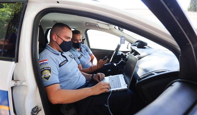 Prometna policija (ilustracija)