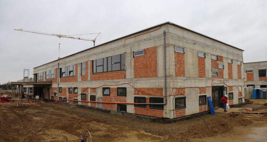 Nova škola u Donjem Miholjcu u visokoj fazi dovršenosti