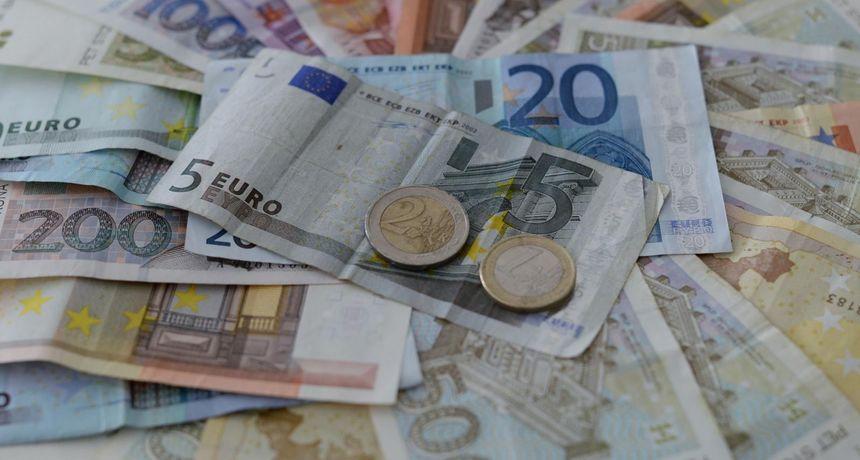 Što građani i građanke Hrvatske misle o uvođenju eura? Zajedničkoj valuti pobrojali su dobre i loše strane