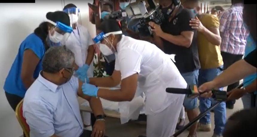 Eksplozija covida u najprocjepljenijoj zemlji svijeta: 35% novozaraženih cijepljeno s obje doze, evo što se zasad zna