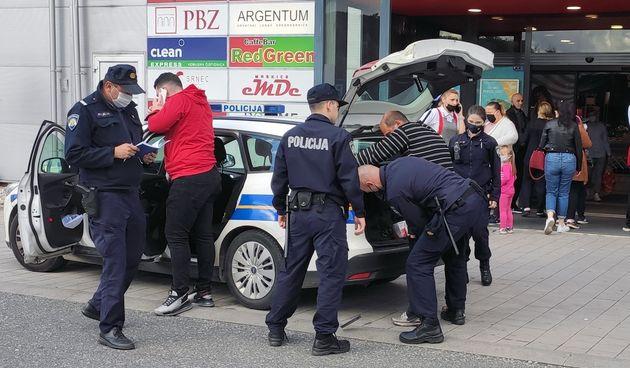 Policija privela muškarca jer je prijetio bombom ispred dućana na zagrebačkom Črnomercu