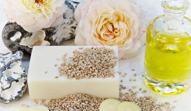 Sezamovo ulje bogato je nezasićenim masnim kiselinama i mineralima te ima veliki pozitivan utjecaj na zdravlje