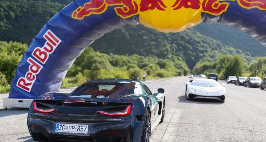 FOTO Rimčeva Nevera sudjelovala je na reliju Pink Wing: Jurila je čak 330 km/h