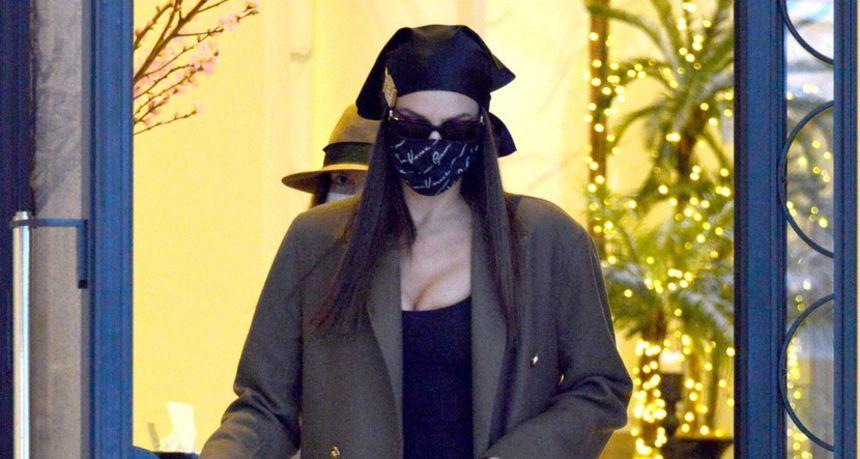 Nakon što je pokazala rupe na stražnjici, Irina ispravila modnu grešku i svoje adute stavila u prvi plan
