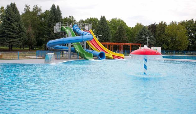 U Belom Manastiru otvoreni novi Gradski bazeni
