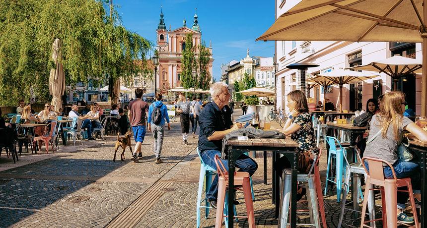 Slovenija uvodi nove mjere: U restorane, kockarnice i turistički smještaj samo s covid potvrdama