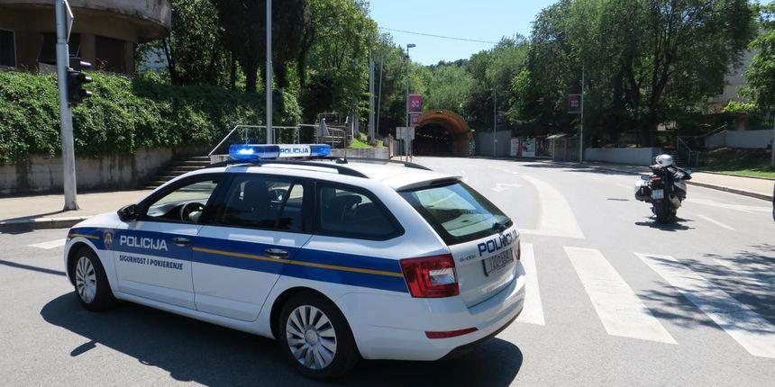 Splitska policija privela alkoholiziranog muškarca u prostorije postaje, nakon nekoliko sati pronađen mrtav