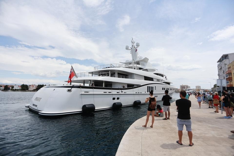 Superjahta Secret uplovila u Zadar