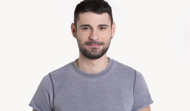 Nikola Sedlar ima 23 godine i dolazi iz Splita, a po zanimanju je komercijalist.