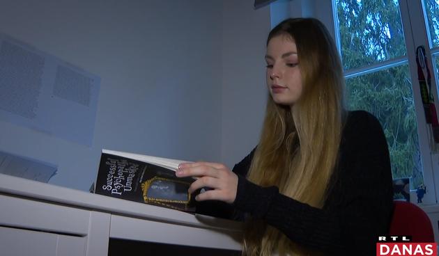 Maturantica MIOC-a napisala knjigu o psihopatologiji. U istraživanju joj pomogli profesori s svjetskih Sveučilišta