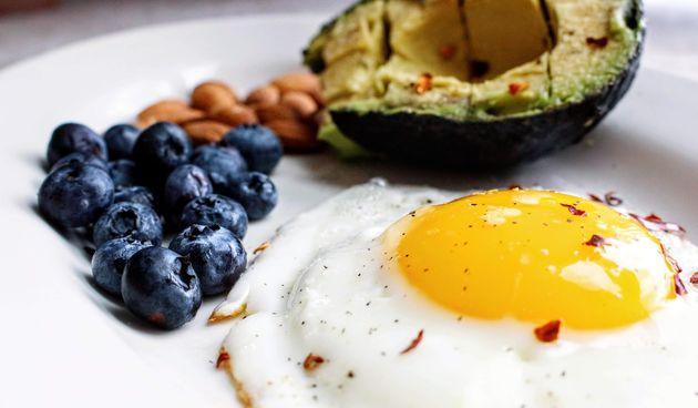 jaja doručak avokado lchf keto