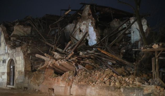 potres Petrinja ruševina