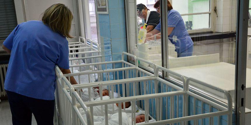 Porast broja rođene djece i pad umrlih u Hrvatskoj! Prirodni prirast i dalje negativan