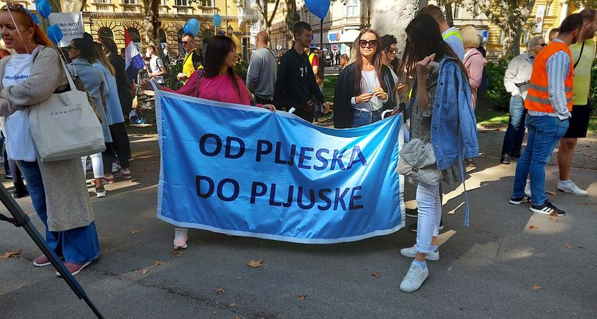 Traje prosvjed medicinskih radnika: 'Od pljeska do pljuske'