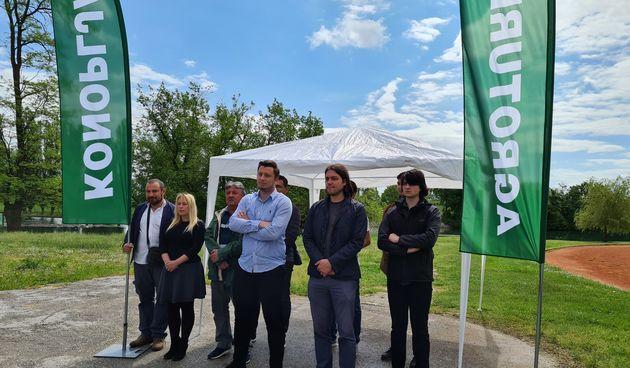 Kandidat Živog zida za karlovačkog župana: Birači, osobito mladi, mogu birati izlazak na izbore ili izlazak iz zemlje. Mi nudimo viziju, oni pranje tanjura u Irskoj