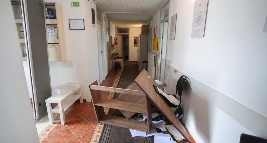 Prijavljen 26-godišnji napadač na zaštitarku Centra za soc. skrb: Iščupao je detektor metala, bacio stol...