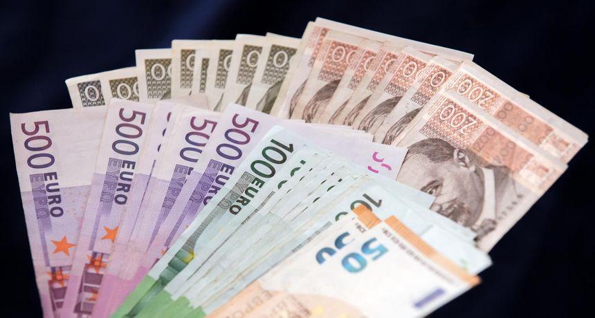 Vlada objavila detaljan plan zamjene kune eurom: Samo dva tjedna moći ćemo plaćati s obje valute