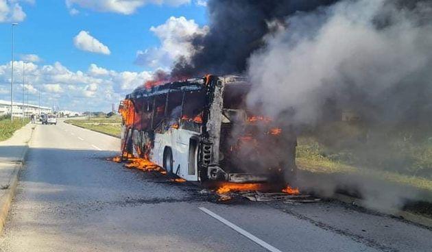 Izgorio autobus