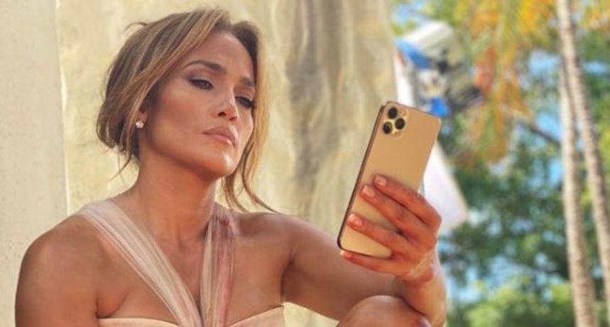 Tajna je otkrivena: J.Lo izgleda spektakularno u 53. godini jer ne konzumira ovu namirnicu