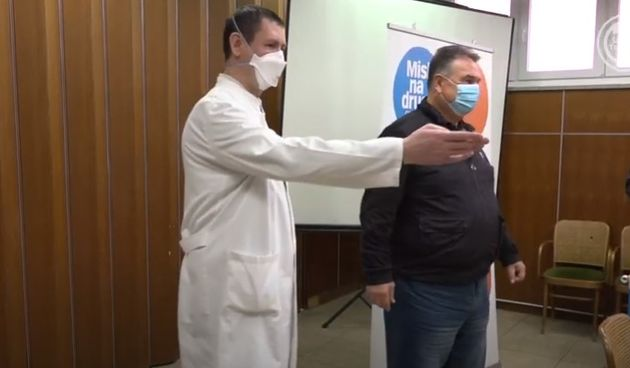 VIDEO U kampanji 'Misli na druge – cijepi se!' cijepio se župan i osam županijskih vijećnika
