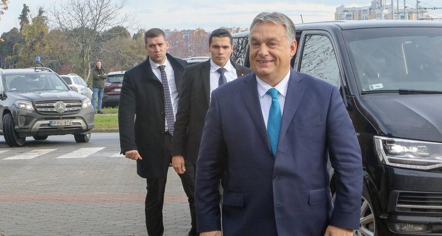 Orban o migrantskom valu: 'Mislim da bi Nikola Zrinski znao što se treba učiniti u takvoj situaciji'; Evo što kaže o Hrvatskoj