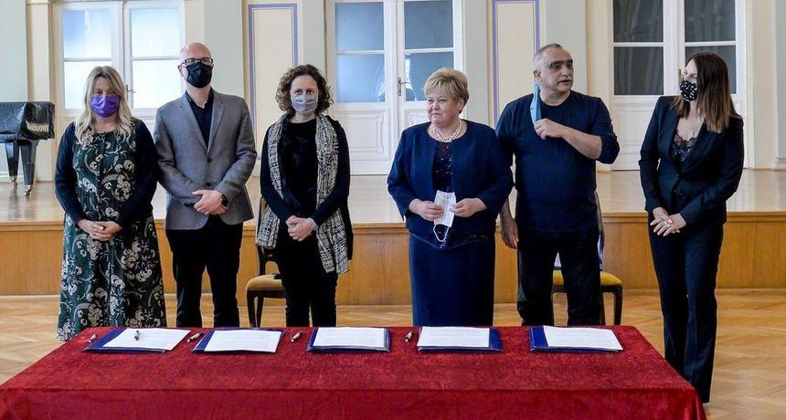 POVIJESNI DAN Intendanti pet nacionalnih kazališta potpisali Ugovor o stalnoj suradnji
