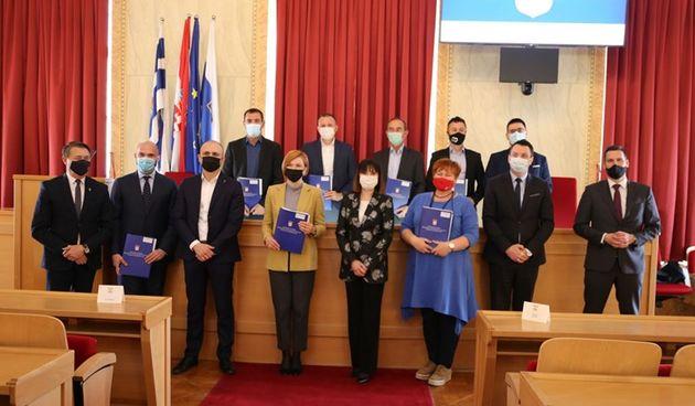 Potpisani ugovori vrijedni 57 milijuna kuna za projekte u Osječko-baranjskoj županiji
