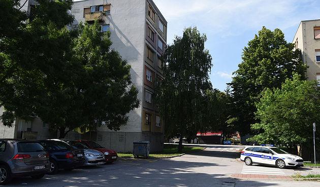 djevojka pala kroz prozor u Karlovcu